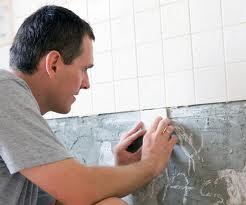 Как самой класть плитку в ванной
